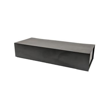 Rigid 1 piece box with magnetic closure